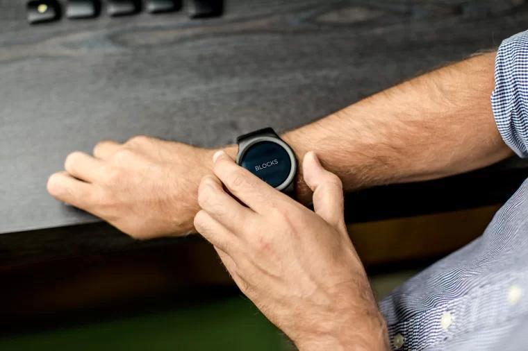 BLOCKS模块化智能手表