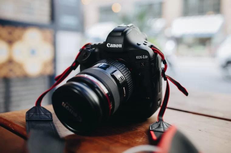 长镜头单反相机
