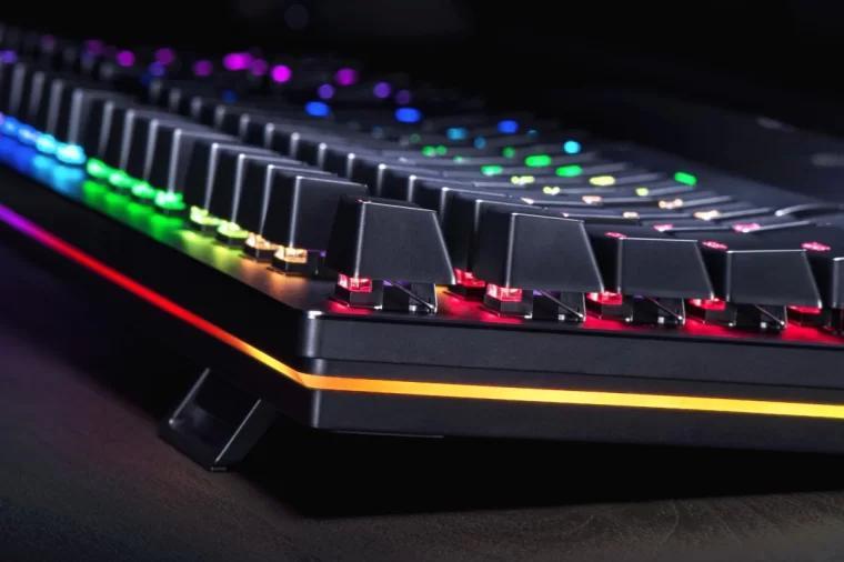 Razer Huntsman 光轴机械键盘