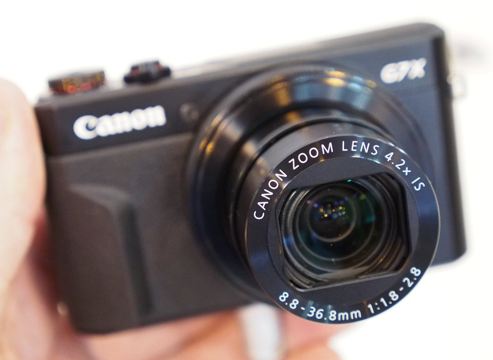 Canon G7 X Mark II