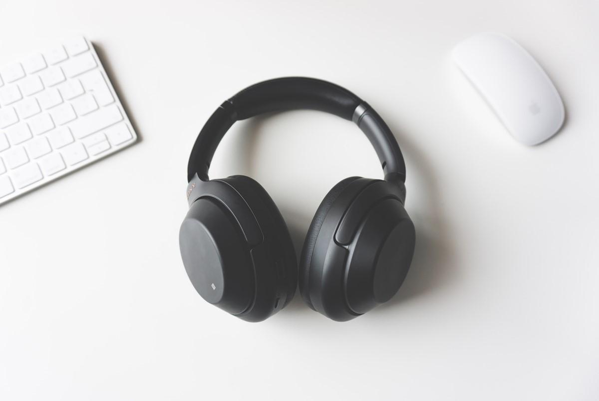 无线头戴式耳机