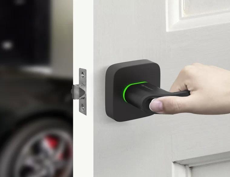 智能锁 smart lock