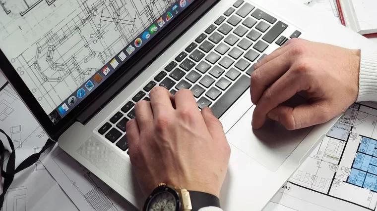AutoCAD 设计师笔记本电脑