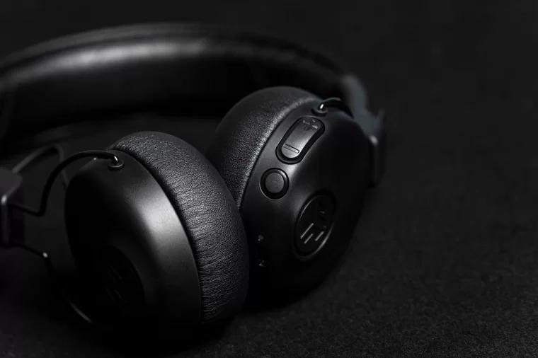 JLab Audio Studio ANC