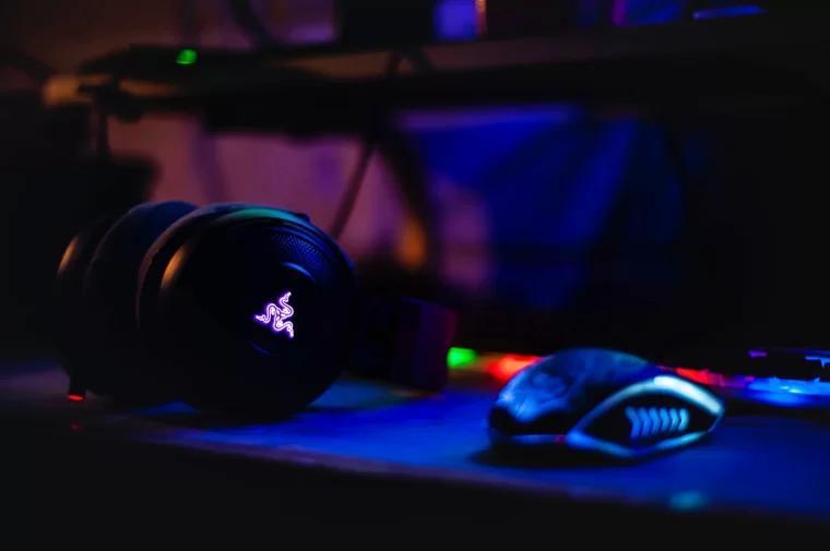 游戏耳机 Gaming Headphone