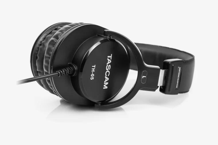 监听耳机 Monitor headphones