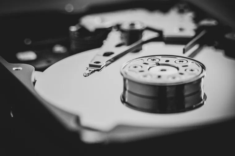 硬盘 hard disk