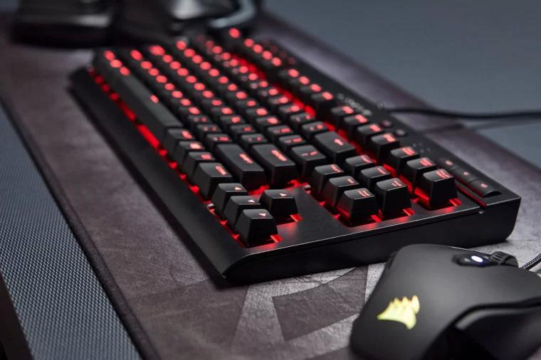 海盗船游戏机械键盘 Corsair K63