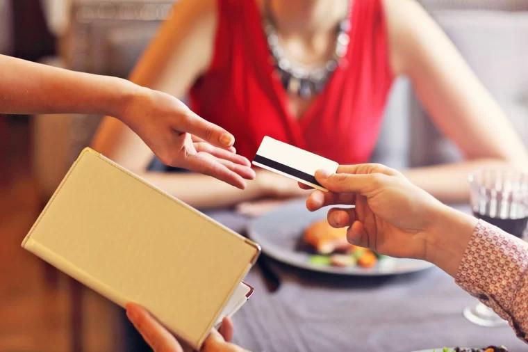 credit card use 信用卡支付